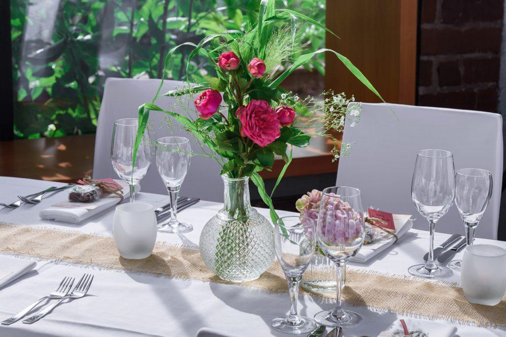 Rozen bestellen voor een prachtig gedecoreerd feestje